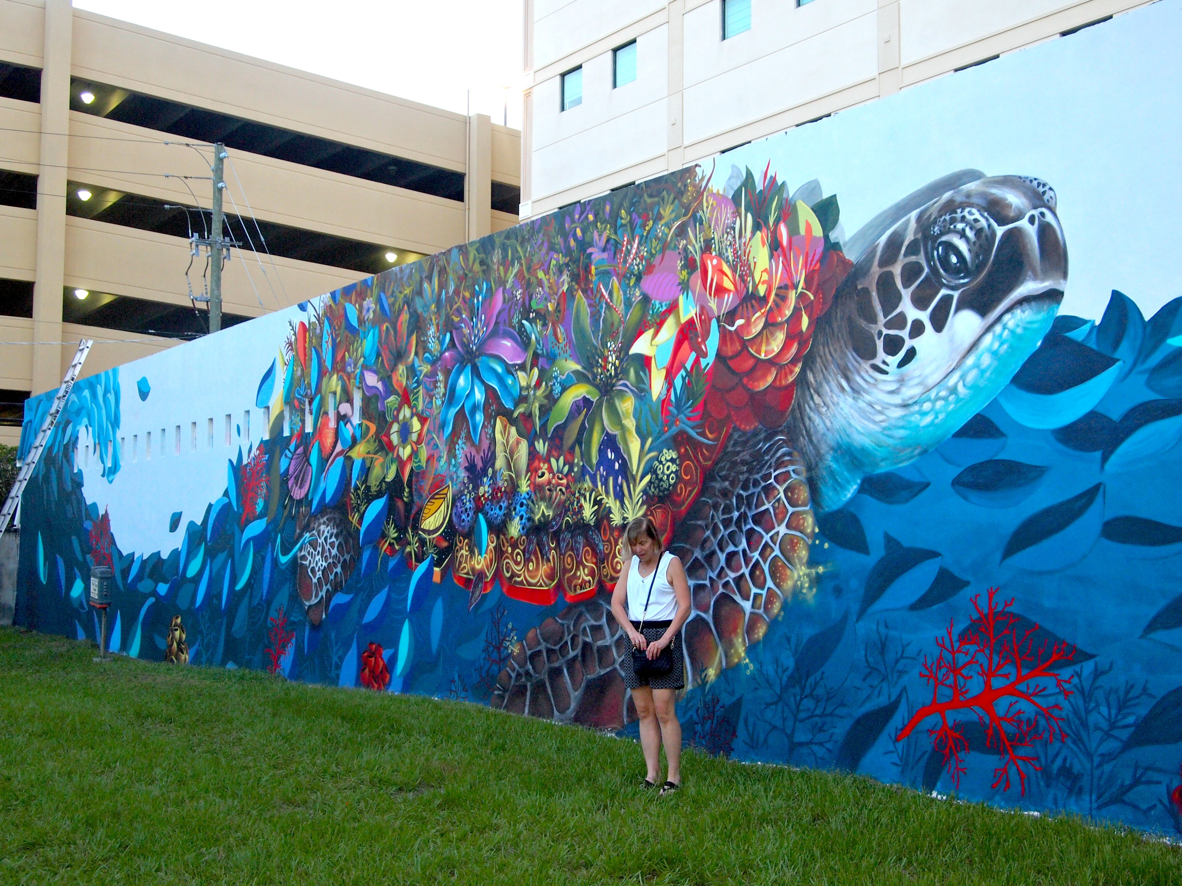 Downtown hollywood technicolor artwalk for Downtown hollywood mural project