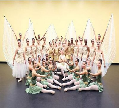Academy of Arts presents Holiday Show 2018