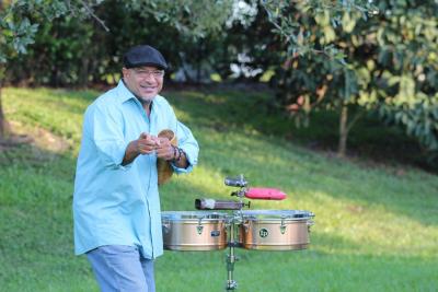 Gumby Navedo y Su Tumbao Charanguero