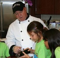 Learn about nutrition with Short Chef