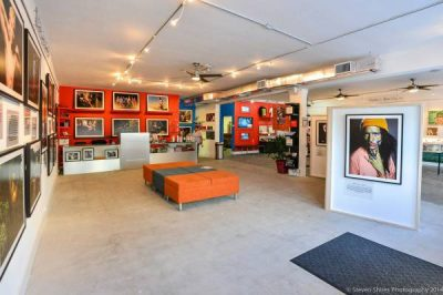 Stonewall Gallery on Wilton Drive